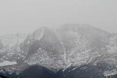 Sneeuw in de bergen Royalty-vrije Stock Afbeelding