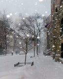 Sneeuw in de stad van New York Stock Fotografie