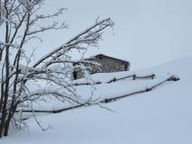 Sneeuw en berg Stock Fotografie