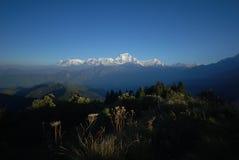 Sneeuw en bergen in Nepal Stock Foto