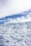 Sneeuw en Hemel Stock Foto