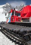 Sneeuw groomer bij toevlucht Tatranska Lomnica, Slowakije Stock Foto's