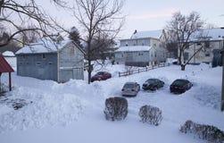Sneeuw het schoonmaken na een blizzard Royalty-vrije Stock Afbeeldingen