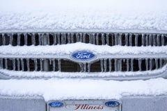 Sneeuw Ijzig Ford Ranger Grill stock afbeelding