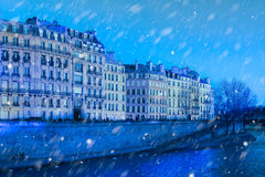 Sneeuw op Parijs Stock Afbeelding