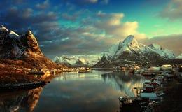 Sneeuw in Reine Village, Lofoten-Eilanden, Noorwegen royalty-vrije stock afbeelding