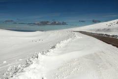 Sneeuw rondom de Weg stock fotografie