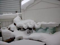 Sneeuwbeeldhouwwerken na een sneeuwonweer Stock Afbeeldingen