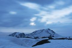 Sneeuwberg in de Alpiene Route van Tateyama Kurobe, Japan Royalty-vrije Stock Foto