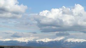 Sneeuwbergen bij Afstand stock videobeelden