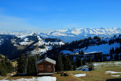 Sneeuwbergen op een duidelijke dag van Berg Rigi Stock Afbeelding