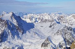 Sneeuwbergenlandschap Royalty-vrije Stock Afbeeldingen