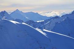 Sneeuwbergenlandschap Stock Afbeelding