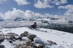 Sneeuwberglandschap - de Alpen Royalty-vrije Stock Afbeeldingen