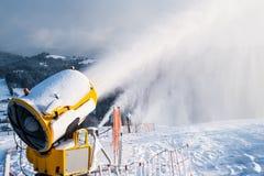 Sneeuwkanonnen Royalty-vrije Stock Afbeeldingen