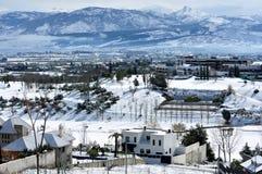 Sneeuwlandschap met bergen Stock Fotografie