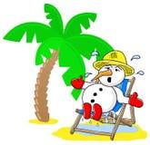 Sneeuwman bij Kerstmis op vakantie bij het strand Royalty-vrije Stock Afbeeldingen