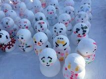 Sneeuwman met mooi en leuk ontwerp stock fotografie
