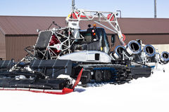 Sneeuwploeg en kanonnen, Molltaler-Gletsjer, Oostenrijk Royalty-vrije Stock Foto's