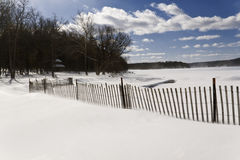 Sneeuwstrandomheining stock foto