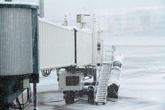 Sneeuwvliegtuigterminal bij de Luchthaven royalty-vrije stock fotografie