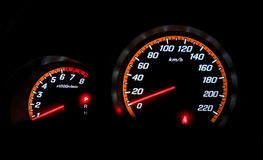 Snelheid tegen tonend nul kilometers per uur Stock Fotografie
