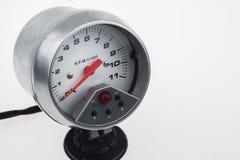 Snelheidsmeter in auto voor maatregel de snelheid Royalty-vrije Stock Afbeeldingen