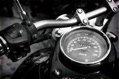 Snelheidsmetermaten van klassieke motorfiets Stock Afbeelding