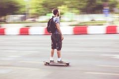 Snelheidsschaatser op de weg royalty-vrije stock foto