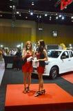 Snelle Autoshow2014 BANGKOK, THAILAND 4,2014 Juli Niet geïdentificeerd model stelde Isuzu-merk, Bitec-Overeenkomst Hall Bangna vo Royalty-vrije Stock Afbeelding