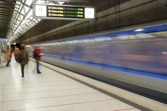 Snelle blauwe metro Stock Fotografie