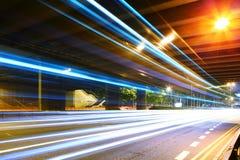Snelle snelheidspas hoewel tunnel Stock Foto's