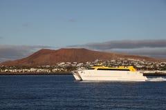 Snelle veerboot op Lanzarote Royalty-vrije Stock Foto