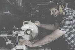 SnickarehantverkareLumber Timber Woodwork begrepp arkivbild