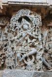 Snida för Hoysaleswara tempelvägg av den gudinnaVeena Saraswathi gudinnan av kunskap Fotografering för Bildbyråer