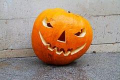 sniden halloween pumpa Arkivfoto