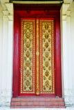 Sniden wood dörr Royaltyfri Foto