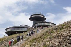 Sniezka è una montagna sulla frontiera fra la repubblica Ceca e la Polonia fotografia stock
