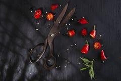 Snijd de Spaanse peper stock afbeeldingen