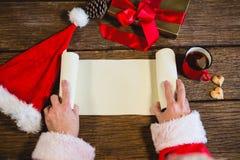 Snirkel för Santa Claus öppningsmellanrum Arkivbilder