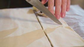 Snittdeg för att baka kniven Royaltyfri Bild