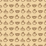Snoepjes naadloos patroon die uit croissant, kop thee bestaan, cak Stock Foto's