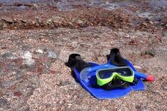 Snorkel, aletas, e máscara Imagem de Stock
