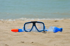 Snorkel gear by the sea. On sand Royalty Free Stock Photography