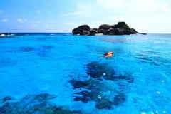 Snorkel på härliga öar Arkivbild