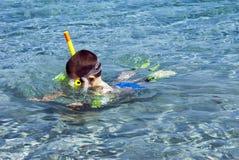 Snorkeler pojke Fotografering för Bildbyråer