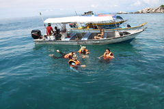 Snorkelers στο νησί Perhentian Στοκ Φωτογραφίες