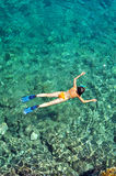 snorkeling kvinna Royaltyfria Bilder