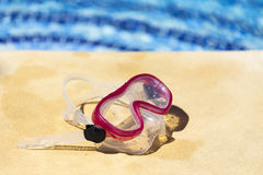 Snorkelling on the edge of the pool Royalty Free Stock Photo