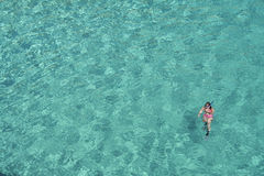 snorkelling kvinna Royaltyfri Bild